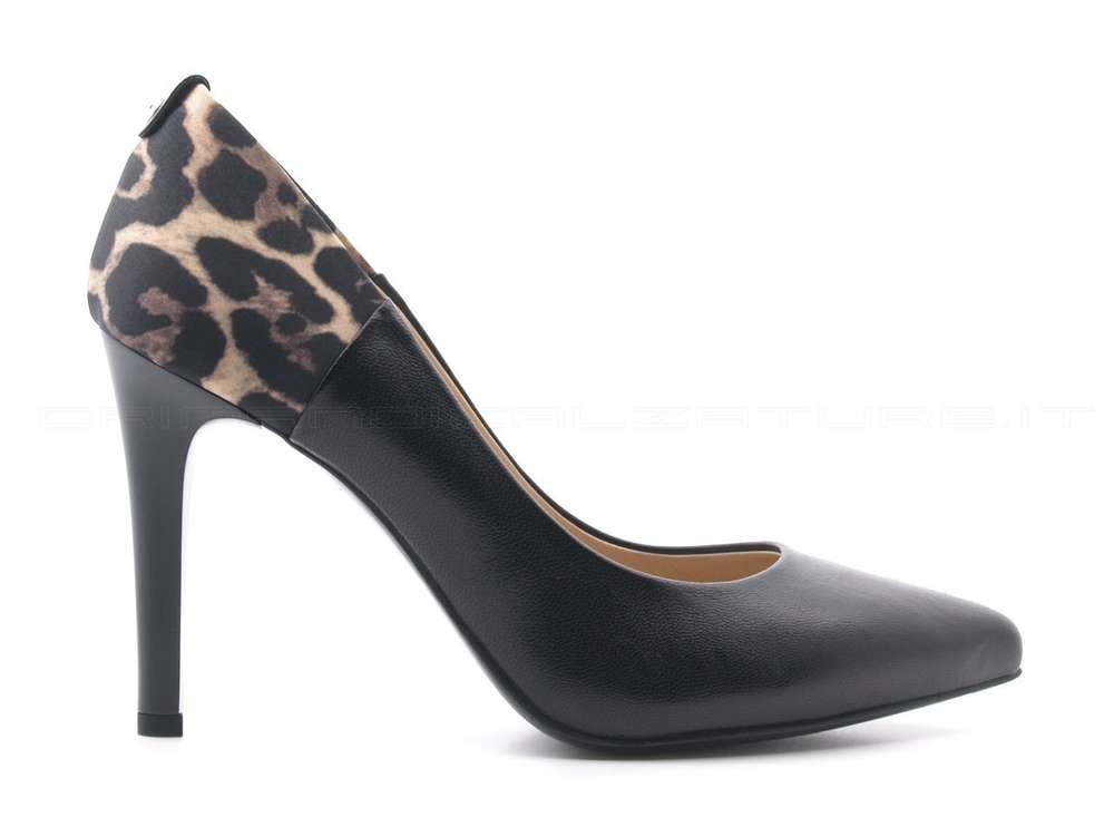NeroGiardini_Leo_Court-giardini-scarpe-decolte-nere-eleganti-a909321deb_ml